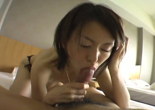 Consumptive Get one's bearings chick is blowing her lover's dick in 69 position