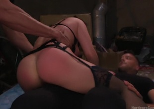 Lea Lexis makes her avidity gang-bang a reality!!