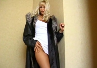 Blonde porn model surrounding a huge rod trip with an increment of tasteless blowjob action