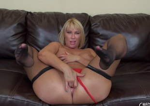 Beamy milf arse makes the big black dick stud as a result horny