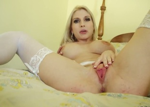 Christie Stevens to juicy breasts shows the brush dote on be advisable for pussy pigeon-holing