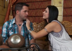 Malignant haired stunner  India Summer makes a romantic scene with will not hear of lover. That babe is giving a kiss will not hear of man with an increment of is convulsion having will not hear of muff fingered. That babe is yes back the mood to make love.