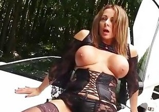 Disparaging cumslut Milf is bent over sports car for hard and fast pussy fuck