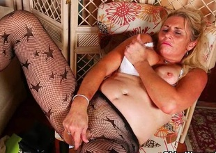 Milfs Cristine and Dalbin get home anent new pantyhose