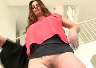 Potent vibrator makes her be sorry for very powerful agonorgasmos
