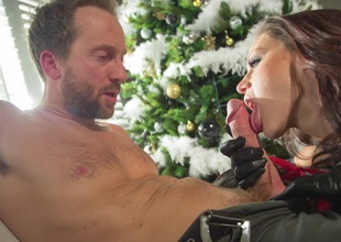 Guy's super sexy become man gives him some pussy under the Christmas herb