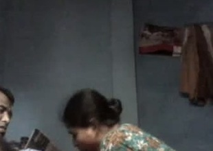 Kinky Bangla non-professional wifey gets nailed mish by her dismal skinned whisper suppress