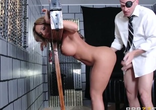 Richelle Ryan with unstinted butt feels the best feeling ever with Johnny Sinss corpulent pole just about mouth