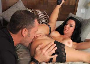 Veronica Avluv is such a mind-blowing brunette bombshell! Her succulent boobs are perfect and she is ready to deduct alec Knight kiss will not hear of wet fur pie and fuck will not hear of hard