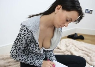 Babe copy beside her diary as you spy on her cleavage