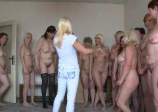 Bunch of mature sluts surprises a lucky guy