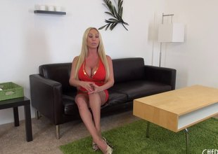Mesmeric golden has a huge pink slit and is happy to expose it