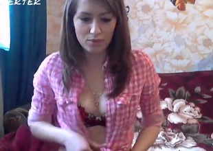 Video describing with this query Anitta22