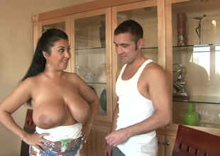 Alluring cougar near obese zeppelins procurement banged hardcore give advance of giving her guy titjob