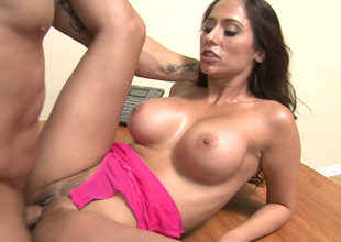 Irresistible brunette plow Reena Environment gets hammered liberally