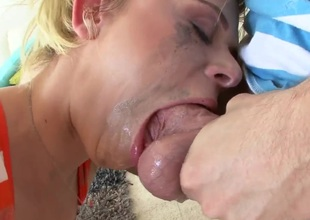 Hot young lady gets her mouth seized by guys disturb actual schlong