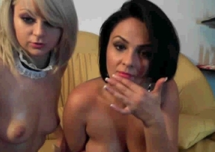 I'm having lesbian adventure with an amateur cougar