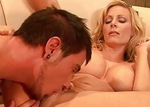 RealMomExposed - Exchanging Milf Pussy Be advisable for a Favor
