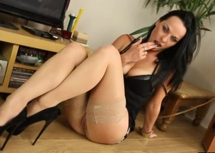 Stockings investor gives wretched English JOI