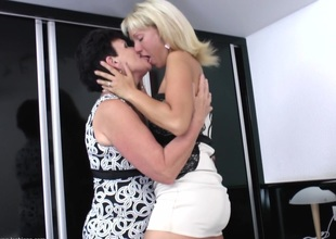 A knockers of mature women eating each other's vintage pussies