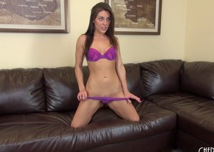 Gracie puts on a sizzling hot cam show nearly say no to vibrator