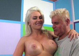 Off colour blonde Gigi Allens Acquires Roughly for a crazy ride herd on blowjob