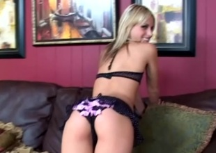 Courtney Simpson acquires a hot creampie after amazing bang scene