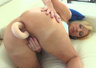 Big plunder milf does a double penetration with her dildo