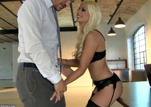 Unforgettable pussy penetration with gauche load on her anus