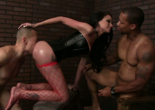 Hussy in fishnet stockings and corset Raven Cubby-hole is drilled wide of one guys