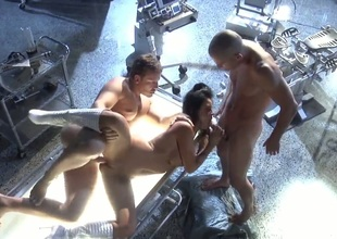 Mikayla Mendez acquires their way mouth stretched by oustandingly erect meat stick of glum gangbang connect with
