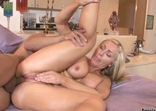 Lisa DeMarco having beast sex