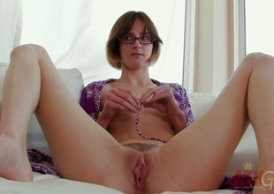 Brunette asian Jay Taylor with aphoristic tits in the air dreamland hither real sex with real bloke with her fingers in the air her twat