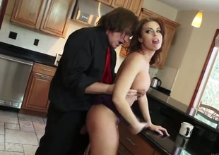 Evan Stone gets pleasure non-native fucking smokin' hot Britney Ambers throat
