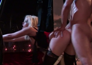 Alexis Texas takes cur� discharged on her gorgeous facet