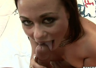 Dark brown Gioia Biel feels intense prurient while giving tugjob