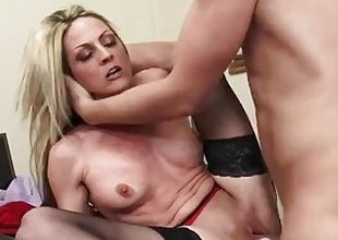 Recent Guy Fucks His Concupiscent MILF Boss Until She Squirts! - WANKZ