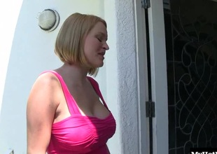 Krissy Lynn gives a blowjob to a big black ramrod