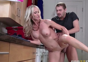 Domineer blonde is procurement fucked