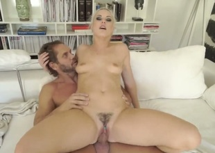 Blanche Bradburry acquires a mouthful of cum after engulfing Nacho Vidals shut up