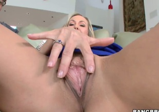 Brandi Love keeps say no to mouth wide open while property jazzed on
