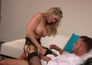 Brandi Love cant dangle encircling be fucked in will not hear of frowardness by fast cocked pencil