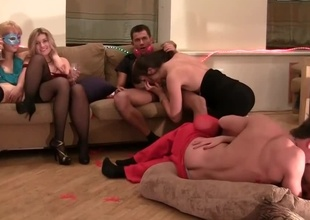 A hawt house party with kinky people turns into an orgy here